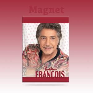 2021 Magnet chemise rouge – fond pois roses